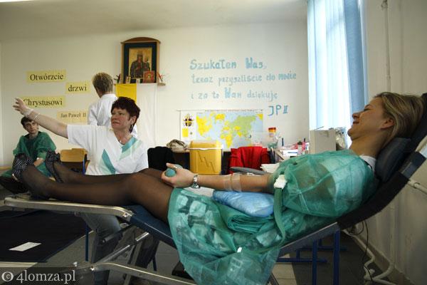 Foto: Dużo krwi dla nauczyciela
