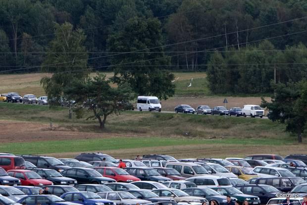 Foto: Kierowcy domagają się zwrotów wydatków za karty pojazdów. Samorządy chcą zaskarżyć rząd
