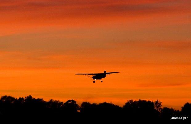 Foto: Hangar poczeka na lotnisko?