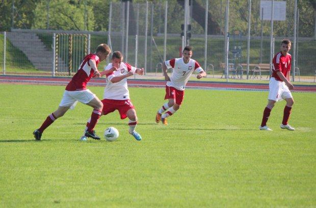 Foto: Skromne zwycięstwo kadry U-18 w Łomży
