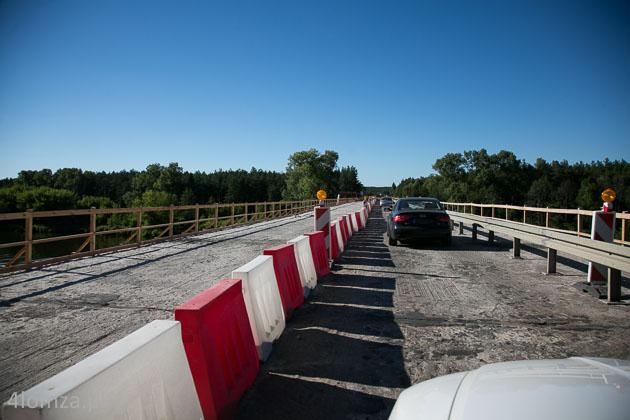 Foto: Most w Nowogrodzie zamknięty na tydzień