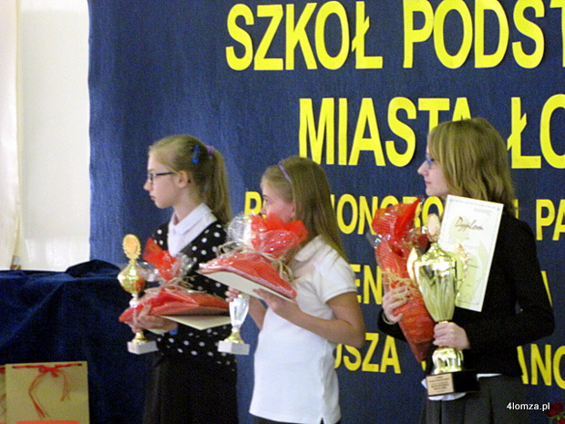 Foto: Mistrzynie ortografii klas IV- VI szkół podstawowych w Łomży