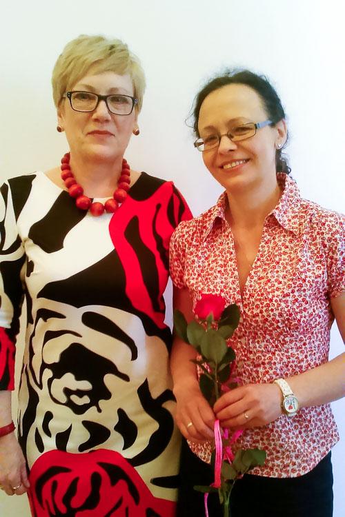 Foto: Srebrne Róże dla bibliotekarek z Łomży