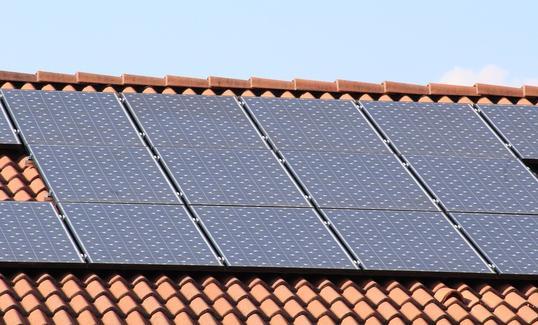 Foto: Kolektory słoneczne na wsiach
