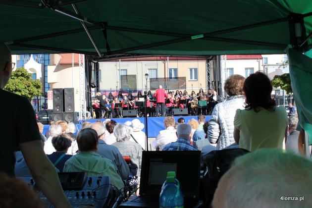 Foto: Zaśpiewali dla Niepodległej