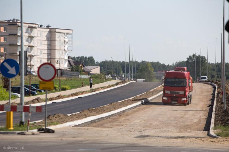 Foto: Leją asfalt na Zawadzkiej
