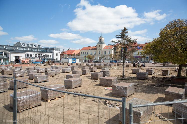 Foto: Szybko zniknął plac czerwony ze Starego Rynku